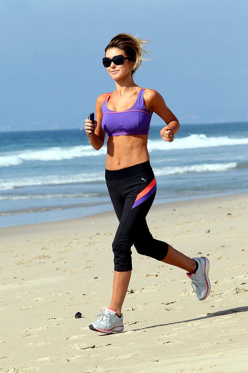 L-Glutamina iti protejeaza creierul si iti reface muschii in urma efortului fizic
